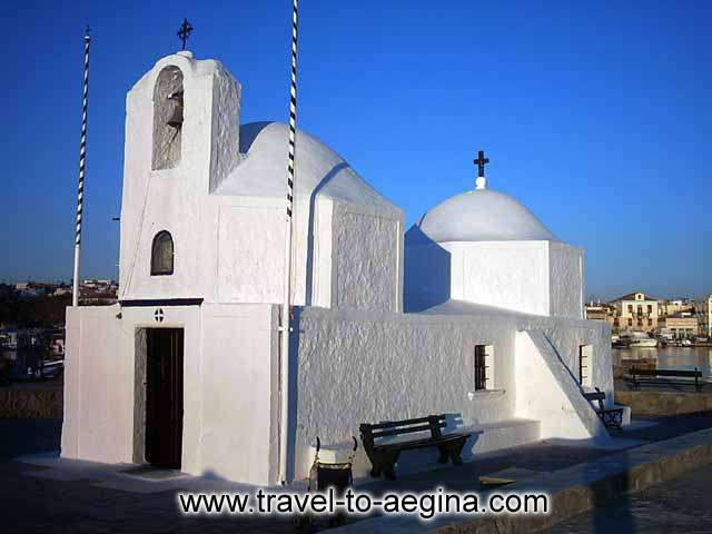 AEGINA PHOTO GALLERY - CHURCH IN AEGINA PORT